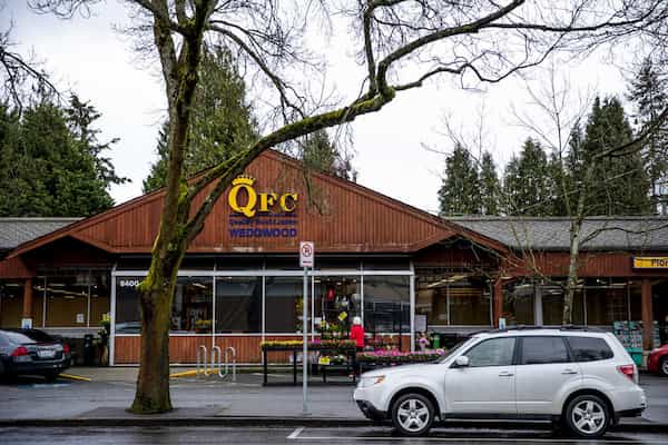 Did Kroger really close two Seattle QFCs over hazard pay