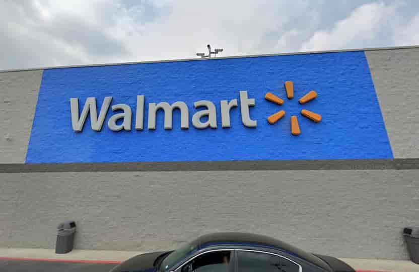 Baylor student gives reasons why Walmart is superior to H-E-B