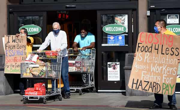 Kroger will close more stores over hazard pay laws for workers 1