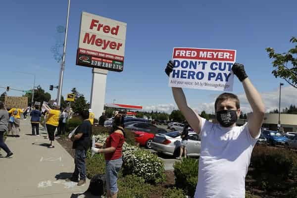 Kroger will close more stores over hazard pay laws for workers 3